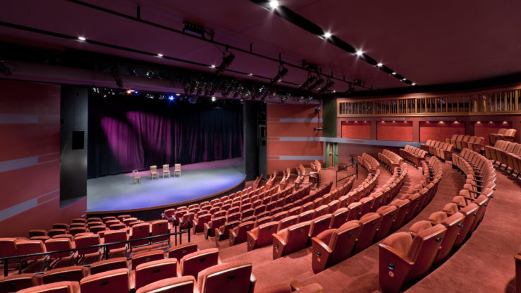 Choose Event Planners To Organize An Event For The Business By Striking It A Hit
